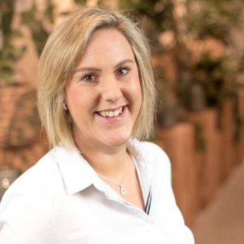 Janine Schoroth